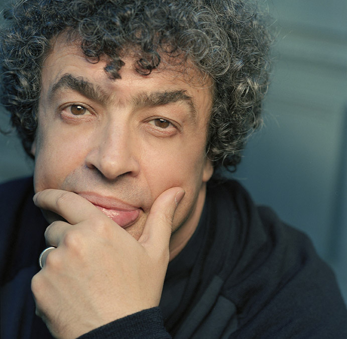 "Bychkov Opens the Season With ""Exquisite and Intoxicating"" Performances"